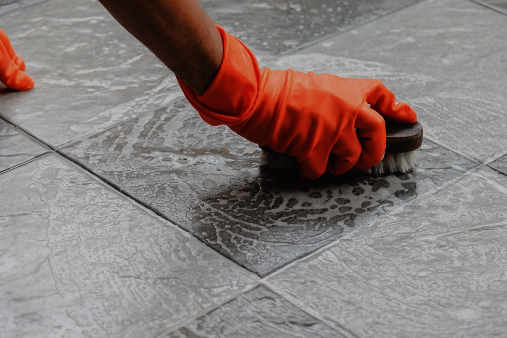 Removing Mold from Grout